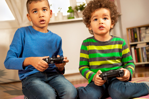 5 Mistakes That Can Turn Your Child into a Video Game Junkie small